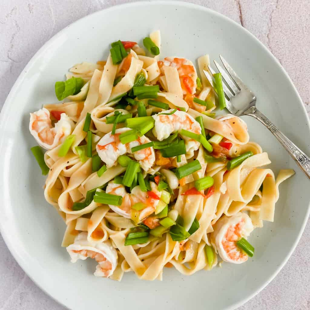 Lemony Shrimp Scallion & Tomato Fettuccine