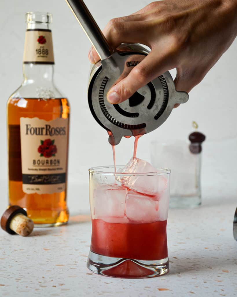cherry bourbon smash,what is a cocktail smash,how do i make a cherry bourbon smash,what do i make with cherries and bourbon,what cocktails use cherries,what do i do if i don't have a muddler