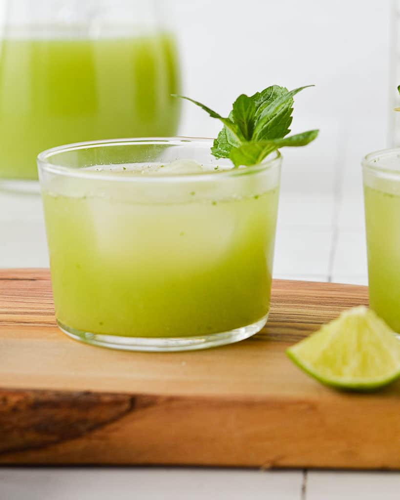 Cucumber Agua Fresca (Agua de Pepino) in a short glass