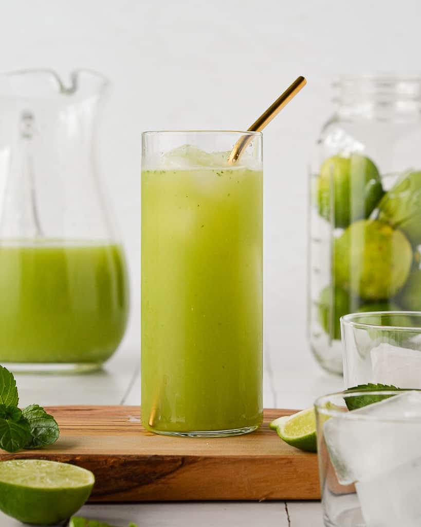 Cucumber Agua Fresca (Agua de Pepino) in a tall glass