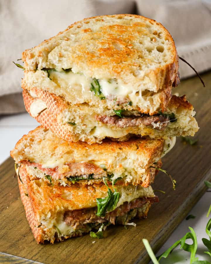 Oven Baked Steak and Arugula Sandwich