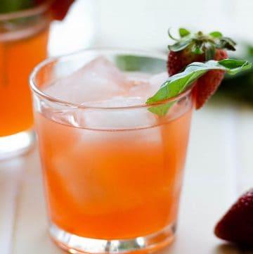 Strawberry-Basil Vodka Cocktail,KetelOne Cucumber & Mint Vodka,what to make with cucumber vodka,cucumber mint vodka,strawberry cocktail