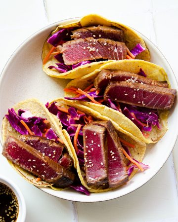 seared ahi tuna,ahi tuna tacos,seared tuna tacos