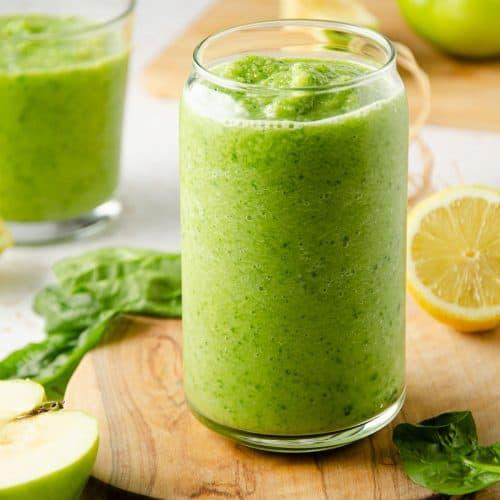 sour green apple smoothie,green apple smoothie,sour apple smoothie