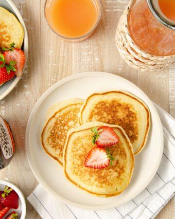oat milk pancakes