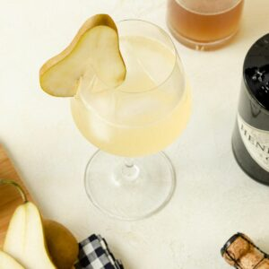 Featured image of a ginger gin and prosecco cocktail.